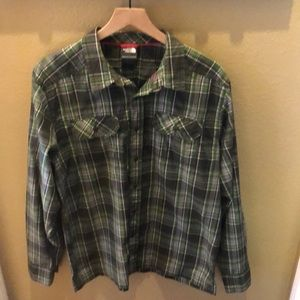 NWOT The North Face Causal Dress Shirt Sz Large